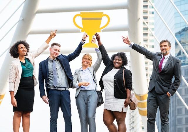 Simon Sinek: How to succeed as a Millennial