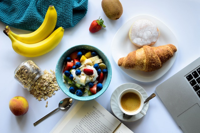 9 Health Benefits of Having Breakfast and Quick Breakfast Options