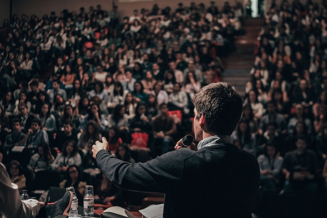 8 Public Speaking Techniques That Will Change Everything